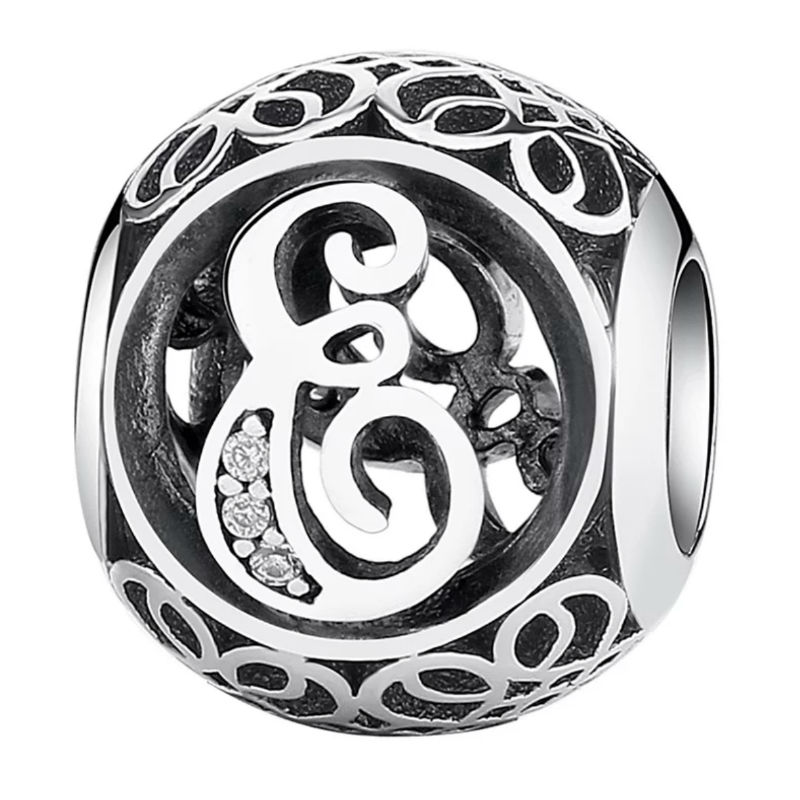 Charm de plata de primera ley vintage letra E. Compatible Pandora 791849CZ