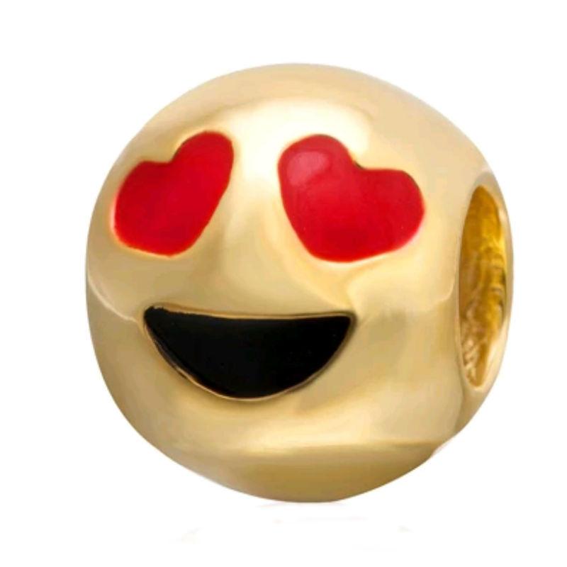 Charm emoticono ojos enamorados plata de primera ley chapada en oro de 18 ktes y esmalte. Compatibles con pulseras Pandora.