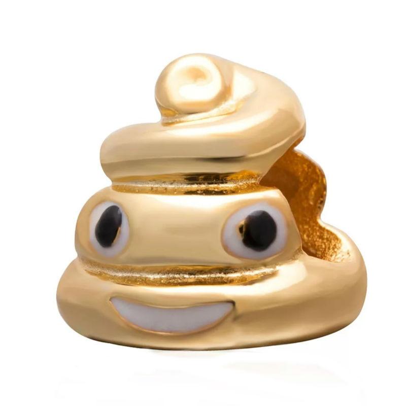 Charm emoticono caca plata de primera ley chapada en oro de 18 ktes y esmalte. Compatibles con pulseras Pandora.