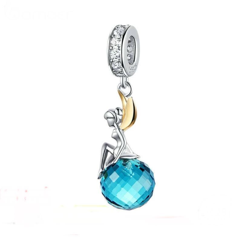 """Charm """"Campanilla"""" sentada en una burbuja plata de primera ley, circonita cúbica transparente. Compatible Pandora."""